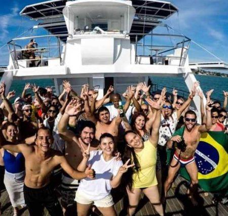 catamaran-party-buzios-600x500